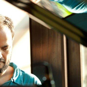 Negro Aguirre piano entre rios orillania folklore