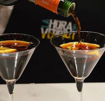 Vermoouth vermut copa de martini porteño bebida