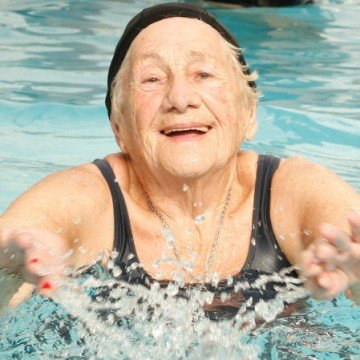 abuela nadadora, Amelia Ausmendi