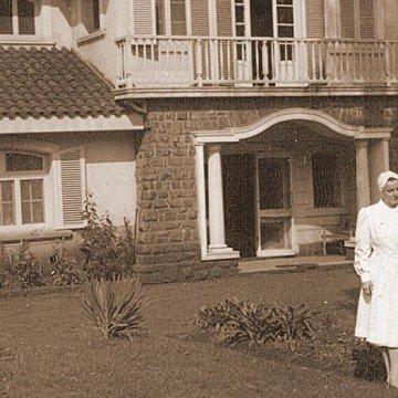 Marta Teodora Schwarz, Puerto Iguazú, doctora