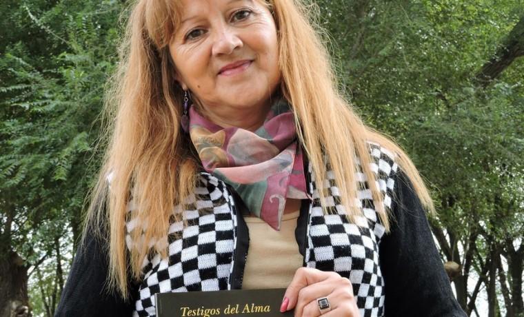 Alicia escritora La Pampa libro maestra