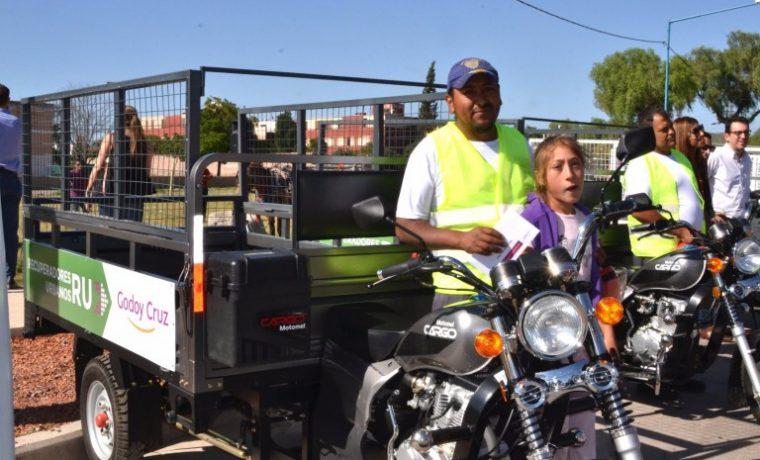 Godoy Cruz, motocarros, caballos