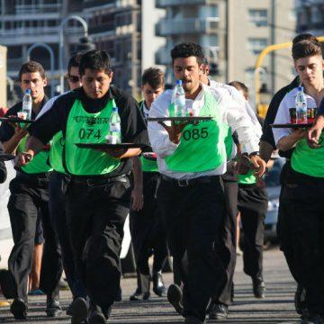 mozos, Mar del Plata, carrera