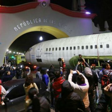 avión, República de los Niños, vacaciones