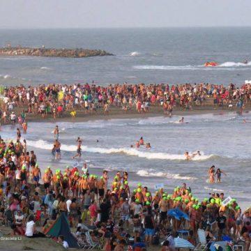 Mar del Plata, solidaridad, natación, nadadores