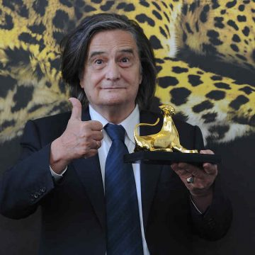 LOCARNO, SWITZERLAND - AUGUST 06:  Jean-Pierre Leaud poses with the Pardo alla carriera Award on August 6, 2014 in Locarno, Switzerland.  (Photo by Pier Marco Tacca/WireImage)